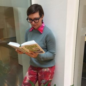Julia liest Change the Game von Corinna Milborn und Markus Breitenecker