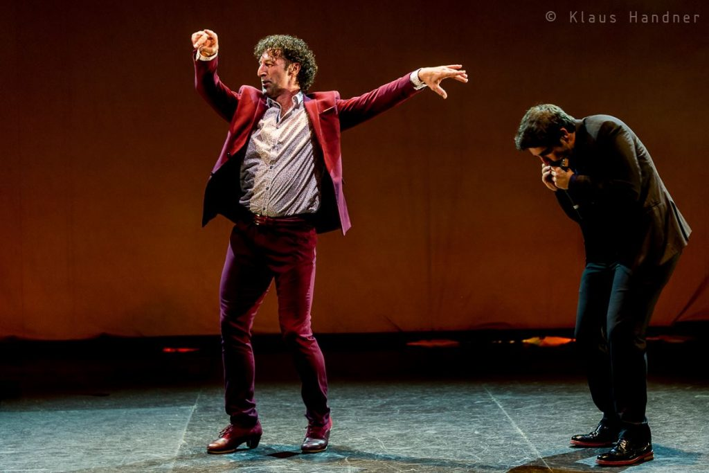 Angel Munoz Flamencotänzer in Claroscuro, Foto von Klaus Handner beim Flamencofestival 2019 tanzhaus nrw